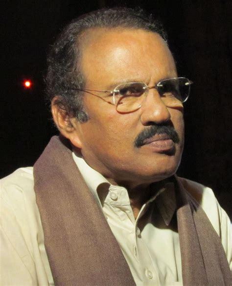 Manimelam kalabhavan mani sings umbai kochandi youtube.